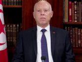 الرئيس التونسي : يقيل رئيس الوزراء ويجمد سلطات البرلمان
