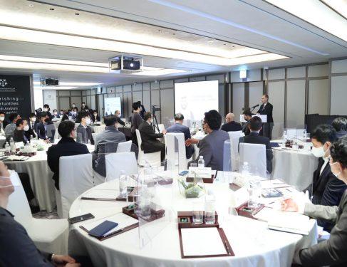 الهيئة العامة للصناعات العسكرية تلتقي بالمستثمرين الكوريين في سيئول