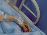 """والدة الزميلة """" الدغاس"""" تجري عملية جراحية ناجحة"""